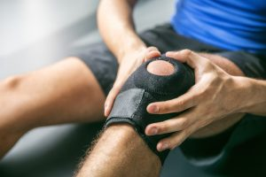 Dangers and Risks of Putting Off Knee Replacement Surgery